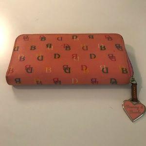 Pink Dooney And Bourke zipper wallet